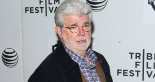 J.J. Abrams 在撰寫《EP IX》劇本前諮詢了George Lucas