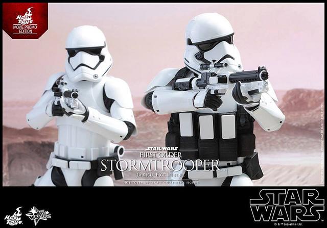 201512_First Order Stormtrooper (Jakku Ex (6)
