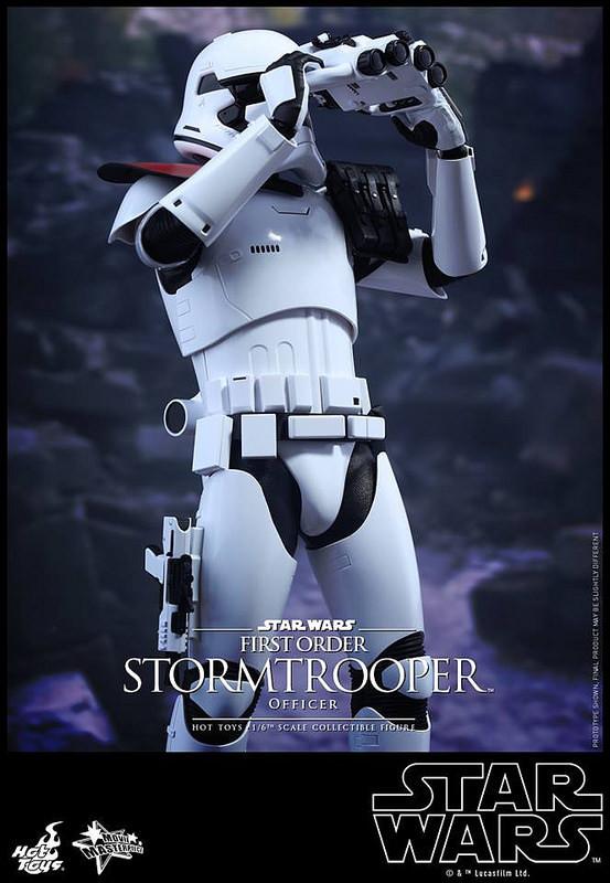 201512_First Order Stormtrooper Officer Set (7)
