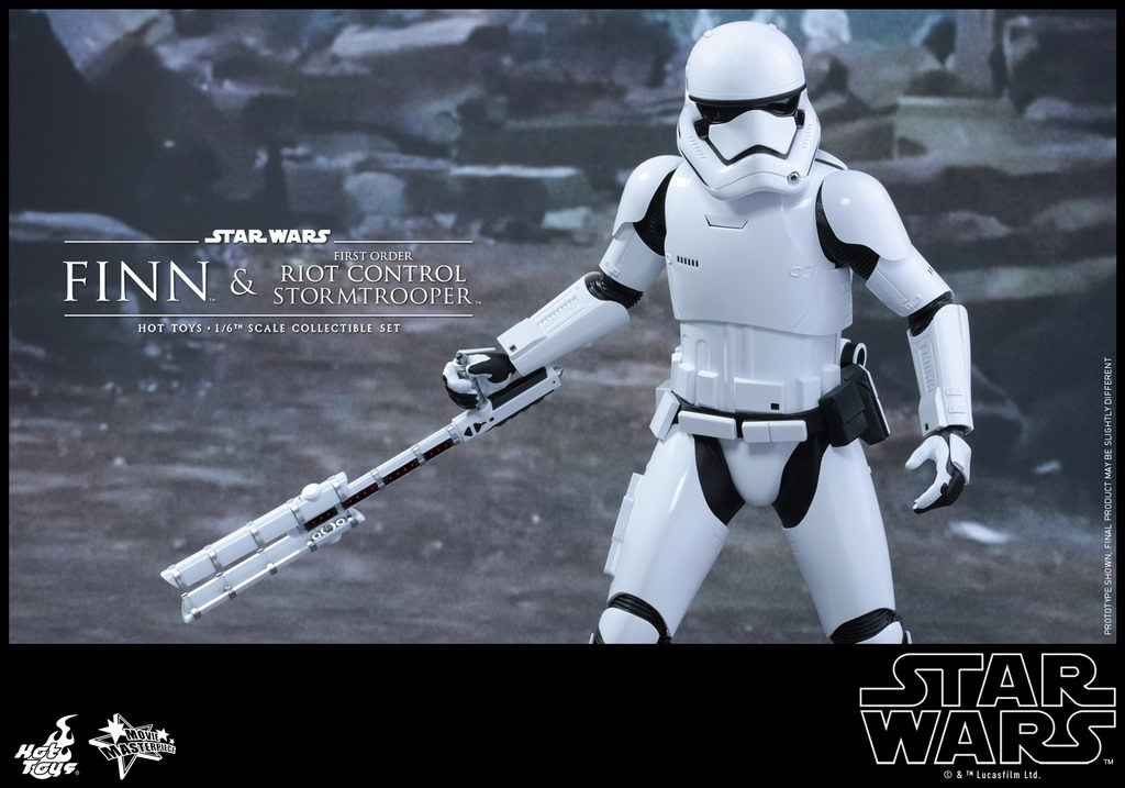 Hot Toys - SWTFA - Finn & First Order Riot Control Stormtrooper Collectible Set_PR11_resize