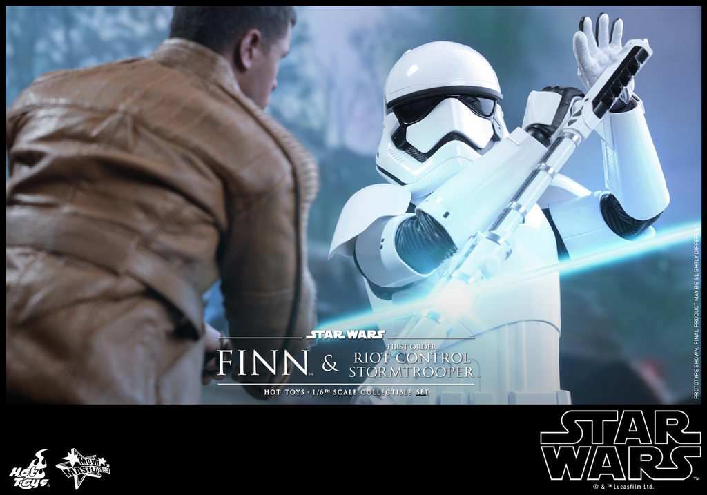 Hot Toys - SWTFA - Finn & First Order Riot Control Stormtrooper Collectible Set_PR4_resize