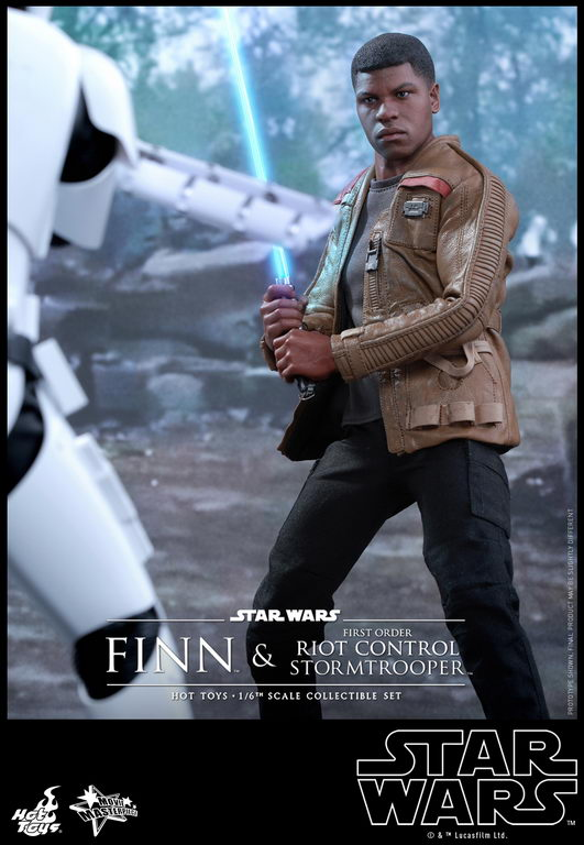 Hot Toys - SWTFA - Finn & First Order Riot Control Stormtrooper Collectible Set_PR9_resize