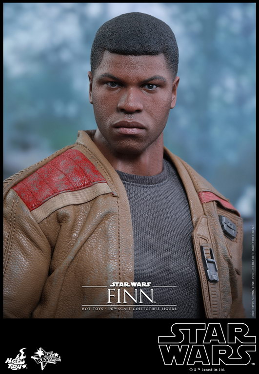 Hot Toys - Star Wars - The Force Awakens - Finn collectible figure_PR10_resize