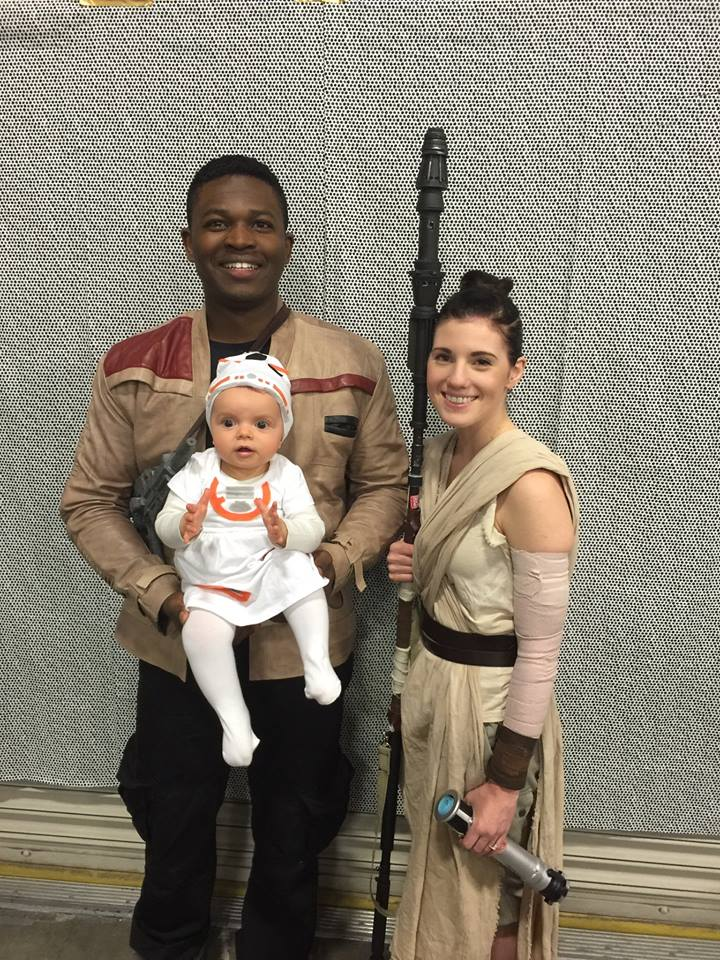 the-force-is-strong-with-this-star-wars-family-cosplay5
