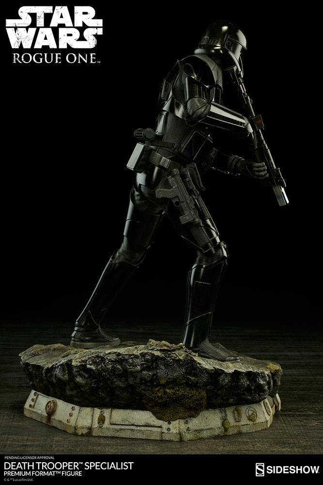 201609_star-wars-rogue1-death-trooper-specialist-premium-format-300530-06