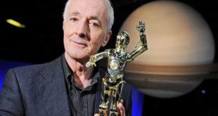 Anthony Daniels 完成 C-3PO 在電影 EP IX 的拍攝