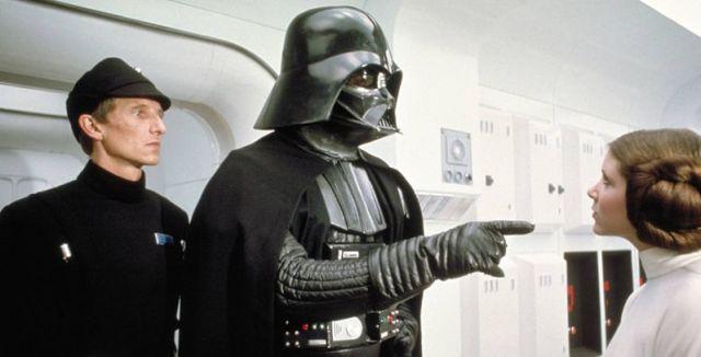 相见却不相识,为什么 Darth Vader 认不出 Leia 是他女儿?